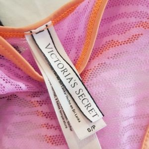 Victoria's Secret Intimates & Sleepwear - bundle 3pc. Victoria's secret thongs